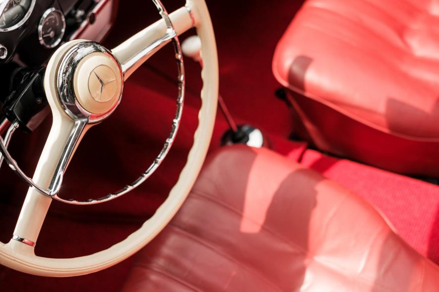 ヤナセの自動車保険の魅力とは?自動付加される無償サービス内容などを解説!